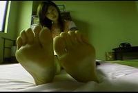 【足裏ふぇち】宮下萌(21)足のサイズ24.5cm★お手入れしても臭っちゃう★足裏を見せる女★⑩