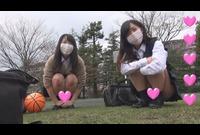【個撮】慣れてない!純粋!超かわいい!二人組たまごちゃん!嵐の前のバスケパンチラ~おまけ映像