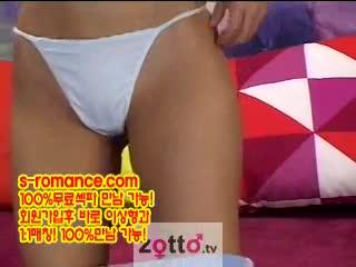 [korea 국산성방][Zotto TV] 2004 벌칙 릴레이!(얼음넣기,알낳기,젖꼭지로 이름쓰기)-수연,혜진)